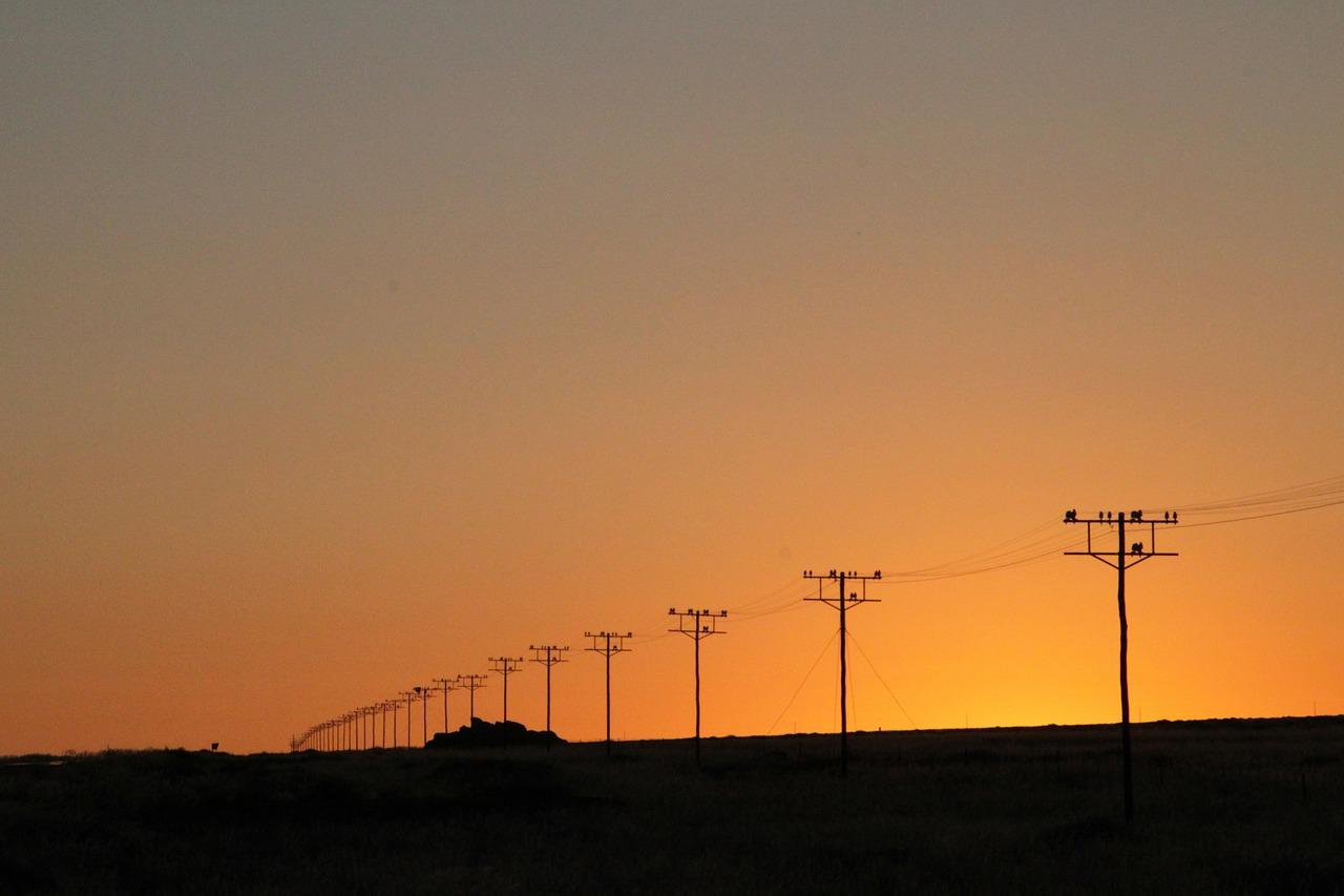 power-poles-49848_1280