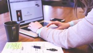 Comment réussir sa demande d'acte de naissance en ligne?